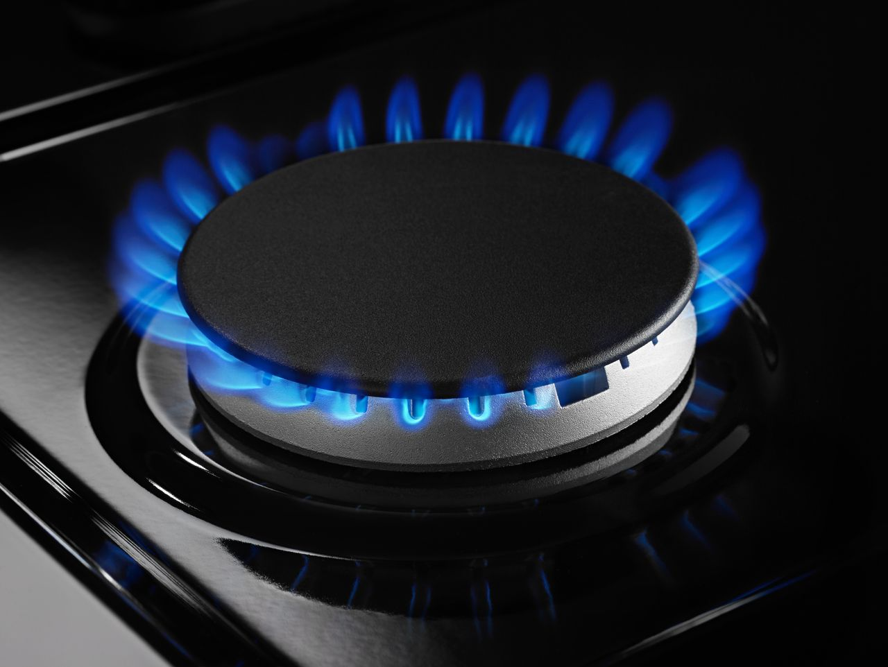What To Do When Your Gas Cooktop Has Weak Flames Flamingo Appliance Service